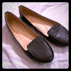 Black Flats with Cutout Design